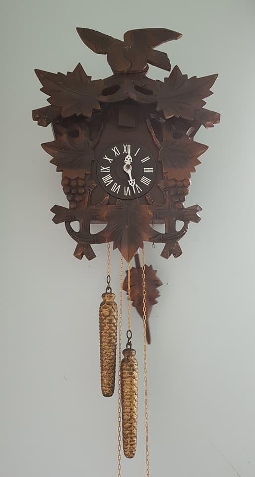 6421351ad5a Antigo relógio cuco FUNCIONANDO