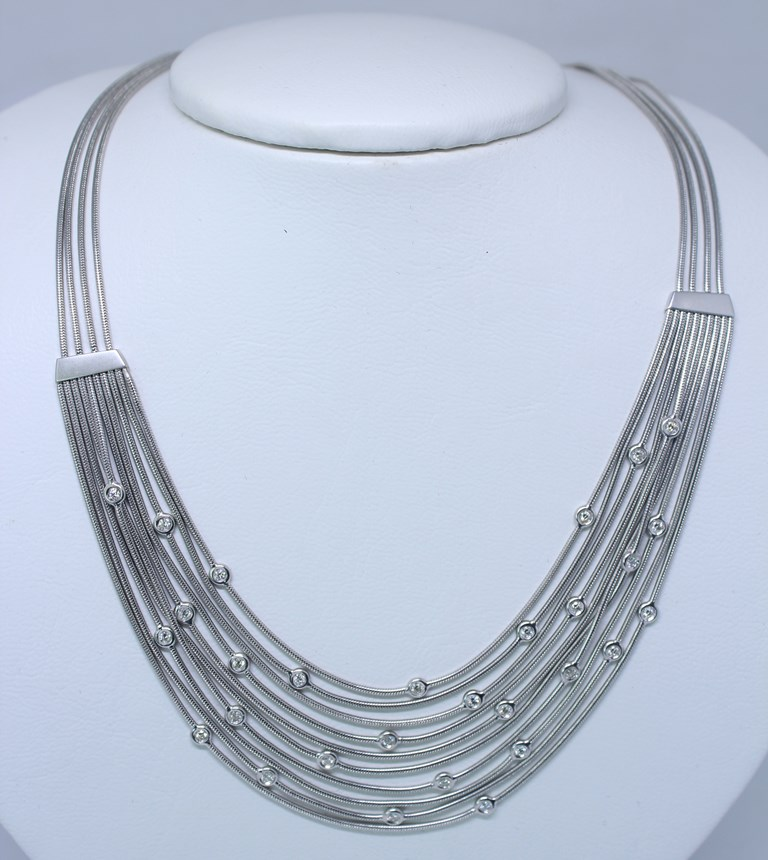 993e53dccd8 H STERN - Lindo colar de 10 fios em ouro branco contras