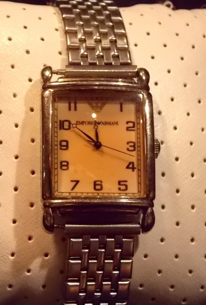 13daf5f03ba Raro relógio de Coleção Safira H. Stern