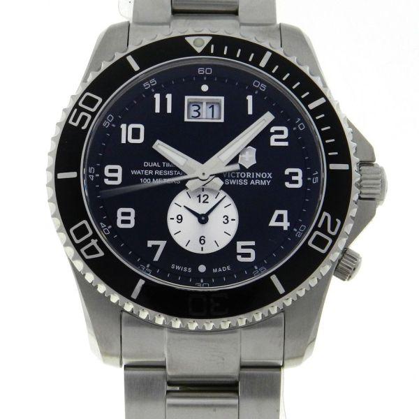 8b94a7d779b Relógio VictorInox Swiss Army Maverick GS Dual Time - Caixa e pulseira em  aço - Tamanho da caixa 43mm - Funções  Horas