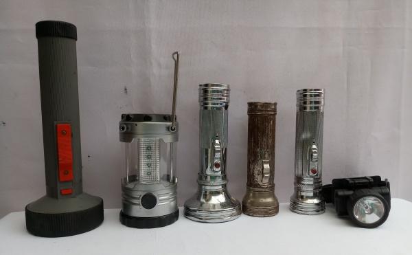 4b449106b Lote composto de 5 Lanternas Antigas, maior aprox. 25 x 9cm, de tamanhos,  modelos e materiais diferentes, (Não testadas)