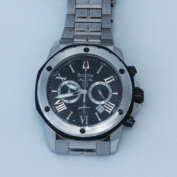 f68e594dce5 Bulova relógio masculino. Caixa em aço com 45mm. Mostrador negro com  algarismos .
