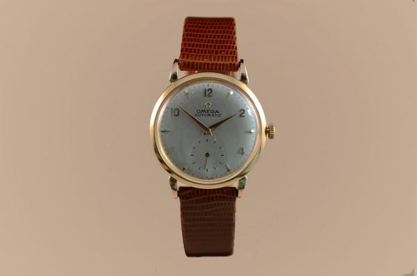 8e6f7cbd41e Relógio OMEGA vintage com caixa de ouro rose 18k-750 com 32mm de diâmetro
