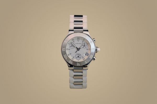 bdeb0e1b180 Relógio CARTIER Chronoscaph 21 feminino com ciaxa de aço com 32mm de  diâmetro