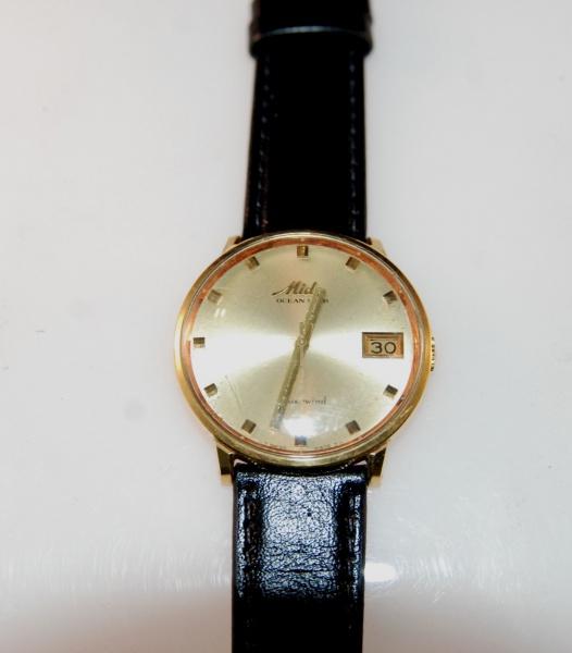 f331a5223cb Relógio masculino Mido Modelo Ocean Star Power Wind Automático com  calendário .