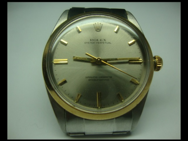 cecc6425185 ROLEX Oyster Perpetual - Belo e Antigo relógio Rolex Oyster Perpetual .
