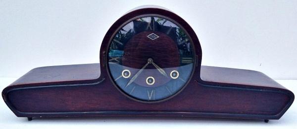 44bded98072 Antigo relógio carrilhão de mesa