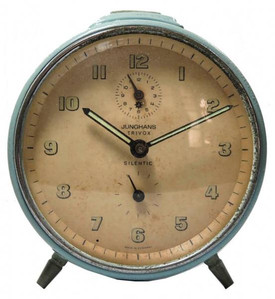 a41bf595420 JUNGHANS - Antigo relógio despertador JUNGHANS Trivox s