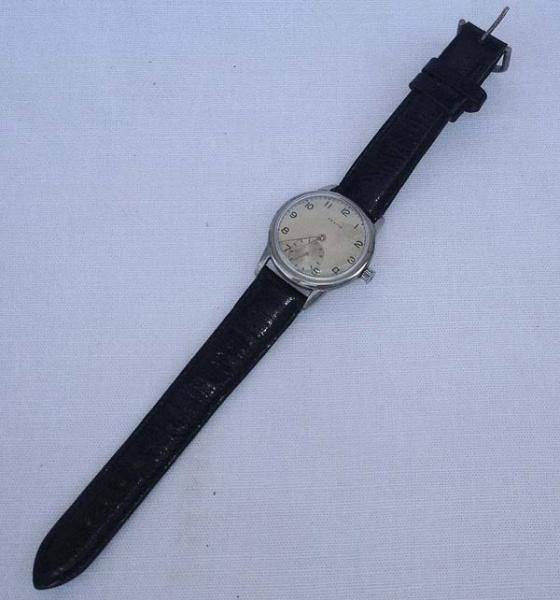 1cecc84b281 Antigo Relógio de pulso a corda - ZENITH SPORTO - Suíça ( funcionando)