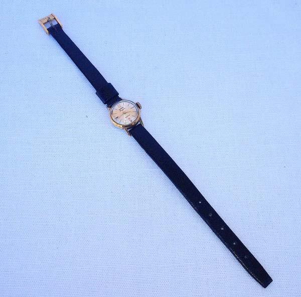 f11a7056800 Antigo Relógio feminino - MASSON KINGSTAR - Suíça ( sem garantia de .