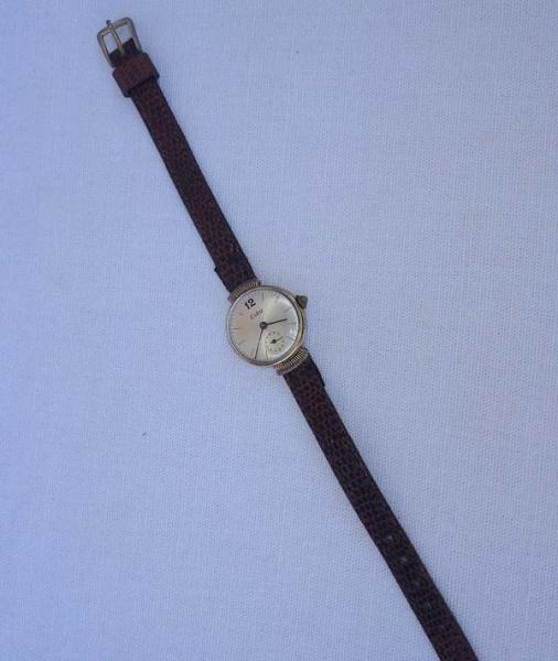 eac2c3a2fa0 Antigo Relógio feminino - ESKA - ( sem garantia de funcionamento)