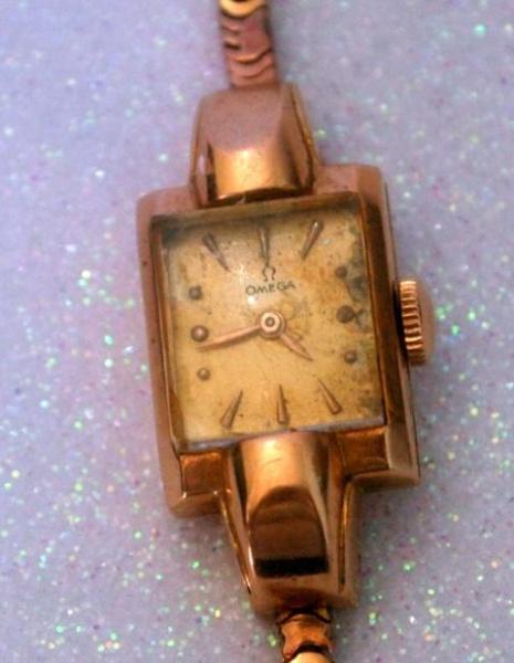 9a1a1099e15 Muito Antigo. Belíssimo Relógio Omega Ferradura em Ouro