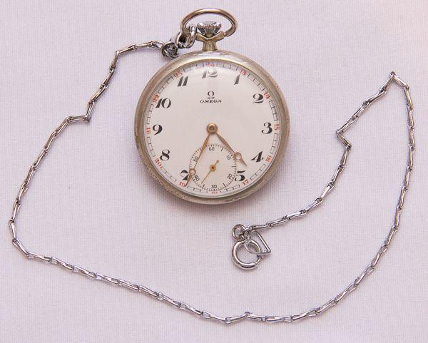 70c5b7d5f6d Relógio de bolso. Omega. 45mm. Ponteiros em ouro. Mostrador perfeito.  Demanda revisão.