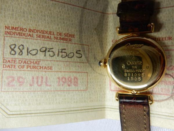18aa1fe0e37 ... cuja tampa foi inspirada na coroa do relógio.2009 Lançamento da SECRETS  et MERVEILLES