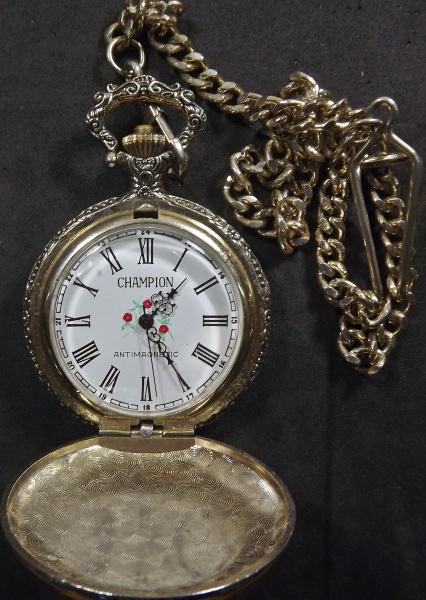 47a9cbf3bdc Relógio de bolso Champion