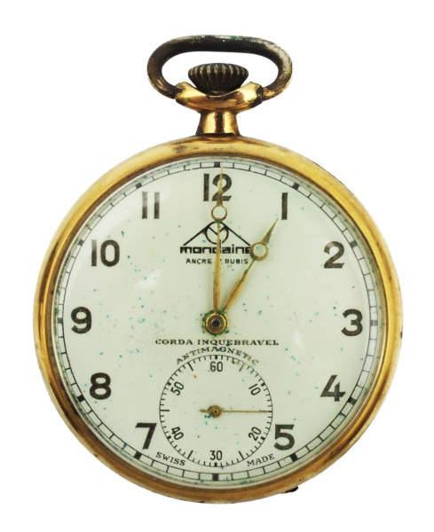 c611147c54e Relógio de bolso MONDAINE - Plaque Oro - 17 rubis - Antimagnetic - corda  inquebrantável. Fabricação suiça. Necessita manutenção