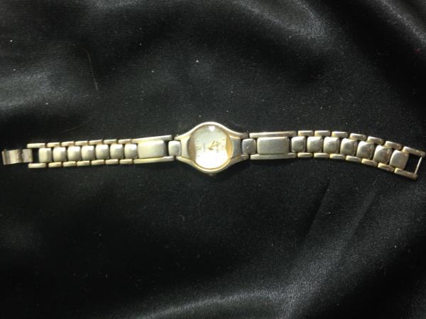 902d8b8372d Relogio feminino Catinet quartz -nao testado