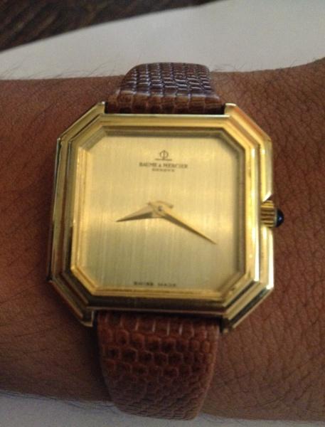 3aaa6fabefa Relógio Baume   Mercier - Swiss Made - Caixa 27 mm de ouro 18 k -  Electroplated .