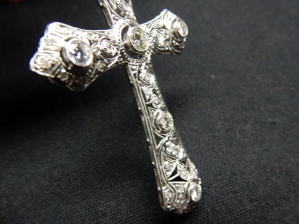 4365e981d24 Peça. Visitas  361. Tipo  Jóias. Excepcional crucifixo em ...