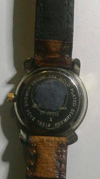 e0dfcb24d99 Antigo Relogio de Pulso feminino - Marca DUMONT SAAB banhado a ouro  23k-numerado DT2855x-Funcionando