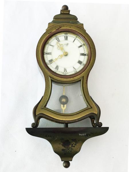 f64c380fede Antigo relógio europeu