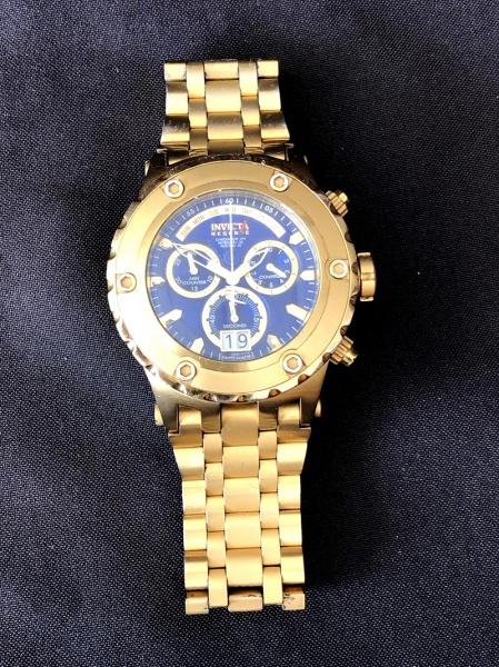 ee6e60d27dd Exuberante relógio masculino suíço - marca  INVICTA - RESERVE SUBAQUA - em  plaque d´or. Funcionando. Necessitando troca de bateria. Vendido no .