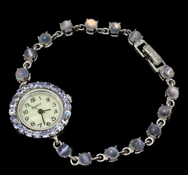 a007226a2dd Majestoso relógio em prata de lei teor 925 espessurado a ouro branco design  .