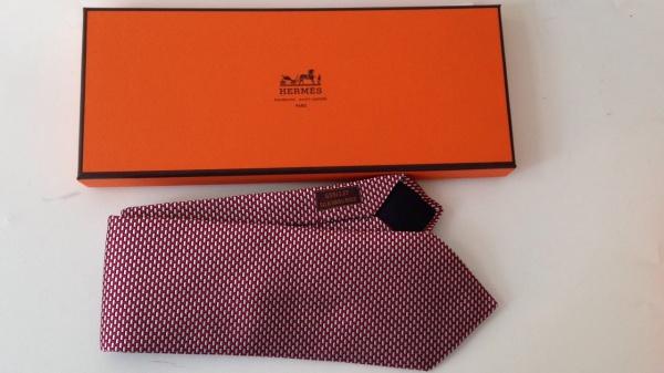 fba913d35d565 Gravata Hermès Estampa Abstrata na Caixa Original Nunca Usada