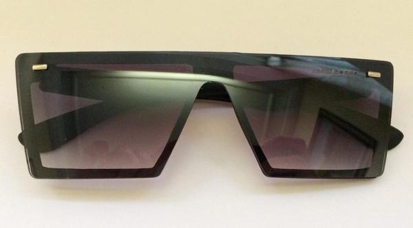 57f6c63ac Estiloso óculos estilo Chillibeans, hastes emborrachadas.
