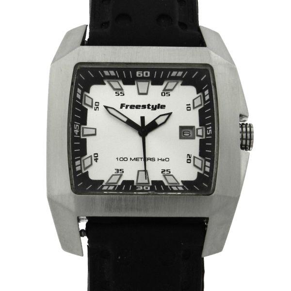 085333fc05e Relógio Freestyle Capitan II - Caixa em aço e pulseira em borracha - Tamanho  da caixa 42mm - Funções Horas