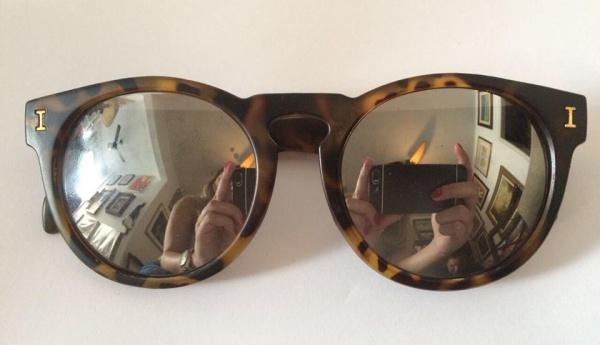 0ee3aae977b Lindo óculos feminino para sol