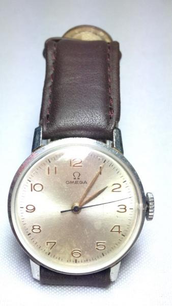 85723d4e230 RUBINICK - Delicado e antigo relógio de parede dito oi