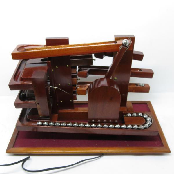 72773874dc0 Peça. Visitas  783. Tipo  Relógio. Relógio de esferas clássico - Em madeira  ...