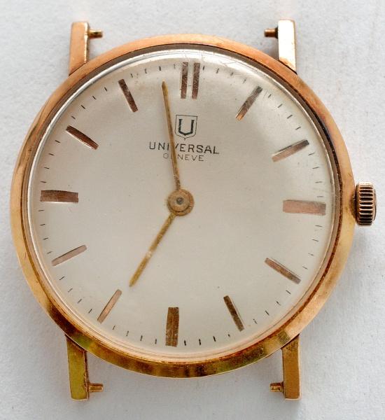 678c1952a10 Relógio de pulso de ouro 18 k. Universal Geneve. Anos 40. Mostrador sem .