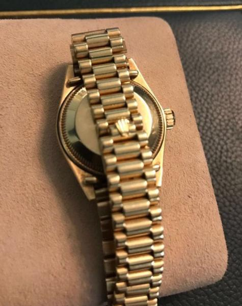 b08e8937c7b Peça. Visitas  506. Tipo  Relógio. Rolex- Relógio Rolex feminino todo em ouro  18 klts modelo ...