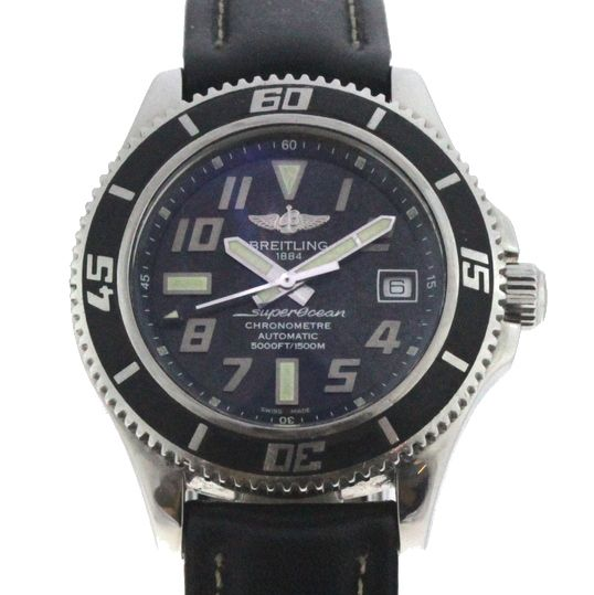 d988af23e9a Relógio Breitling SuperOcean - Caixa em aço e pulseira em couro - Tamanho  da .