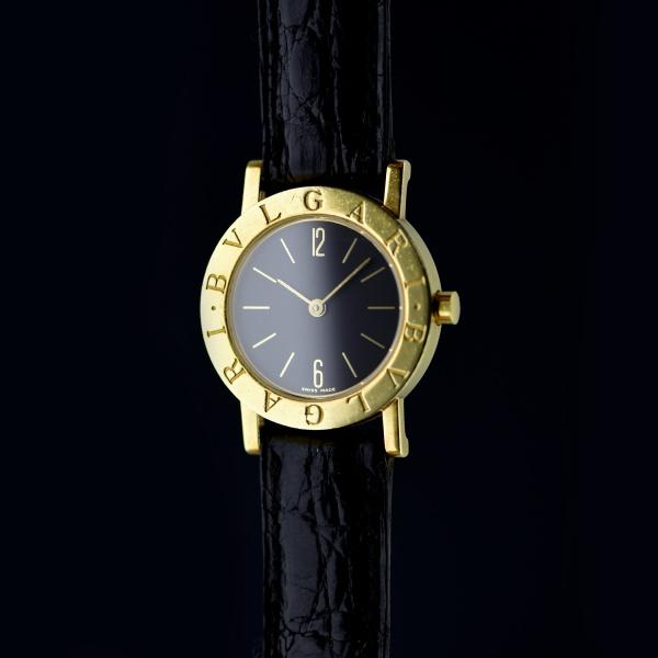 453762f099a Relógio BVLGARI. Swiss Made. Caixa em Ouro. BB 26 GL  P.14740. Mecanismo à  Quartz