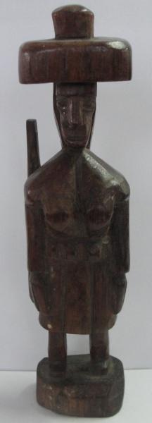 AM000, ARTE POPULAR, escultura em madeira, representando cangaceiro, medindo 18 cm de altura.