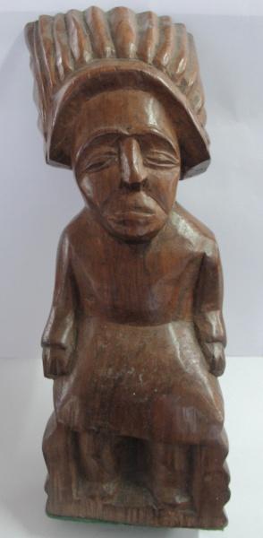 AM000, ARTE POPULAR, escultura em madeira, representando índio, medindo 30 cm de altura.