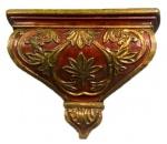 """Grandiosa espetacular peanha em madeira nobre pintada a mão, assinada """" ALCANTARA 27 LISBOA"""", medindo: 40 cm x 45 cm larg."""