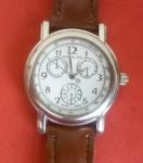 Relógio Mont Blanc Made in Suiça, pulseira nova, funcionamento perfeito com 3 calendários!!!!não possuimos nota fiscal que garante procedencia .
