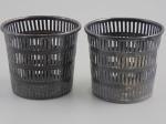 Cestos em metal com banho quádruplo de prata da Eureka Silver Company. Altura 8,5 cm.