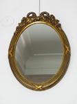 Espelho Frances folhado a ouro com laço . Altura 50 cm, largura 39 cm.