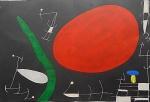 """Litografia original do artista Miró, retirada da revista Derriere le Miroir , editada em Maio de 1967 na França (não assinada pelo artista),  medindo: 38 cm x 56 cm. Esta litografia pertenceu a Hansen Bahia. 'Derriere le Miroir' acompanhou cada exposição na Galerie Maeght em Paris, França. A primeira edição apareceu em 1946, The last # 253 da coleção em 1982. DLM nasce da paixão de Aime e Marguerite Maeght. As primeiras edições foram planejadas por Aime Maeght para serem difundidas entre um grande público, com litografias originais. 10.000 cópias foram impressas e distribuídas através de quiosques. Isto falhou completamente e as restantes cópias foram vendidas em peso para financiar a impressão da quarta edição, que foi impressa em apenas 1500 cópias e foi o catálogo da exposição George Braque na Galerie. Jacques Kober e René Char escreveram os textos. Este conceito foi continuado em edições posteriores, combinando grandes escritores com grandes artistas. Em 1947, Adrien Maeght, juntou-se à empresa de seus pais e auxiliou seu pai no layout e na execução. Os artistas criaram litografias originais para ilustrar o DLM. O Mourlot fez a impressão litográfica e o texto foi impresso pela Union nos números 4-115. De 116 a 148, DLM foi filmado nos estúdios de Aime Maeght. Desde 1960, uma edição """"deluxe"""" foi publicada, em papel Arches, limitada a 150 cópias. Em 1964, Adrien Maeght criou a empresa de impressão ARTE, que projetou e imprimiu as edições 149-232. Todos incluíam litografias. Após a morte de Marguerite Maeght em 1977, os últimos números foram feitos na empresa de impressão Lion, com menos litografias. Alguns problemas foram reimpressos. Na edição 250, Aime Maeght queria prestar homenagem a todos aqueles que tinham seu nome associado ao DLM. Aime morreu em 1981 e o número 250 se tornou uma homenagem a Marguerite e Aime Maeght por trinta e cinco anos de amizade com os artistas e poetas."""
