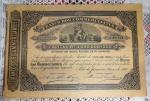 Apólice nº 00.441 do BANCO DOS COMMERCIANTES no valor de 100 mil Réis datada de janeiro de 1890. Mede 19 x 27,5 cm.