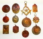 COLECIONISMO - CURIOSIDADES - Lote contendo 12 medalhas diversas. Maior tamanho 7 cm.