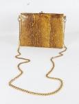 ANOS 40/50 - Bolsa em couro de cobra legítimo e guarnição em metal dourado. Med. 20 x 14  sem alça  e 20 x 60 cm com alça.