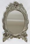 Espelho de mesa em metal. Med. 22 cm.