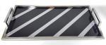 ANOS 70 / 80 - Grande bandeja / tabuleiro, podendo ser usada como bar, sobre cavalete. Feita em aço escovado detalhes em formica negra. Med. 72 x 40 cm.