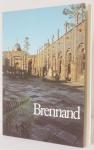 """Livro """"Brennand Esculturas 1974/1998"""" por Emanoel Araújo e Olívio Tavares de Araújo. Edição da Pinacoteca do Estado de São Paulo. Livro com 140 páginas em estado de novo."""